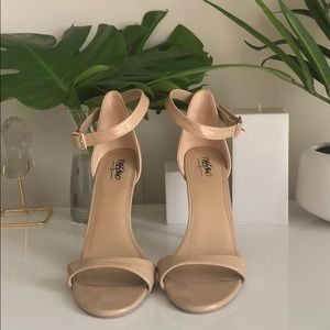 Beige sandal heels by Mossimo size 9
